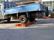 Rear axle on single axle portable weighbridge